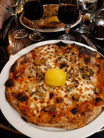 Pizzas fruits de mer