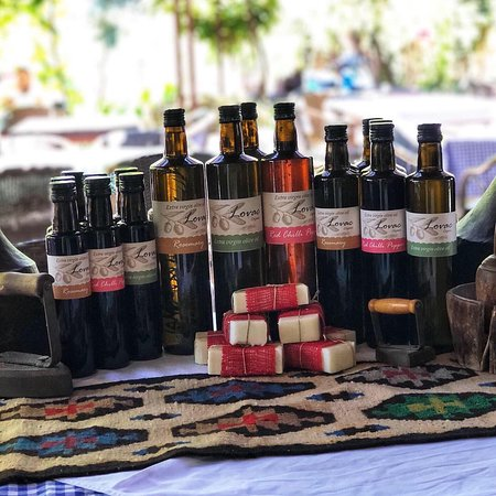 Lovac Organic Extra Virgin Olive Oil