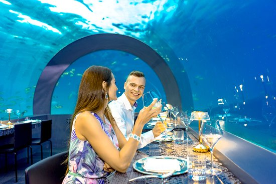 H2O Underwater Experience