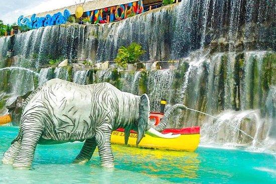 Hacienda Nápoles: Theme Park Tour