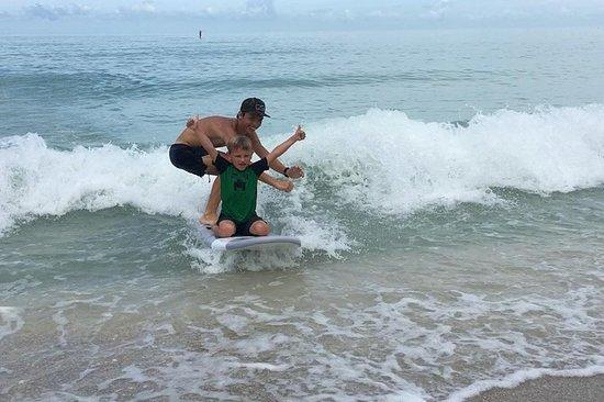 Surfing og skimboarding leksjoner på...