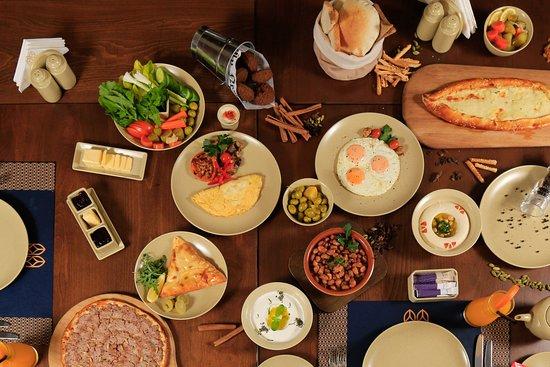 Rawabina offers a variety of breakfast items.