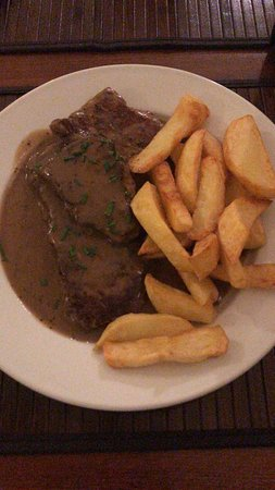 Ронта-Кинон-Таф, UK: Alpaca steak