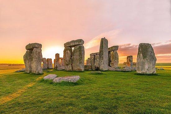Pueblos Stonehenge, Avebury y...