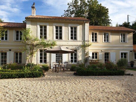 Bourg-Charente, ฝรั่งเศส: 1