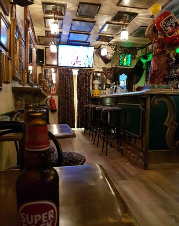 Espelho Bar along The Strip.