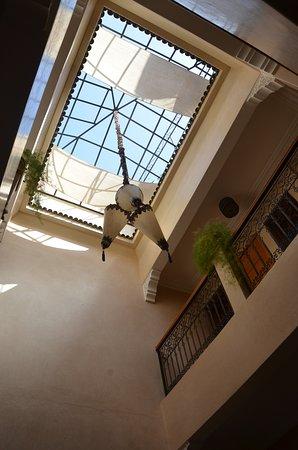 Riad Majdoulina: Cour intérieure