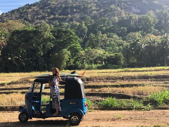 Explore the local area and immerse yourself in Sri Lankan culture, whilst only being a short cycle or tuk tuk ride from some of the south west's most beautiful beaches, and best surf spots.