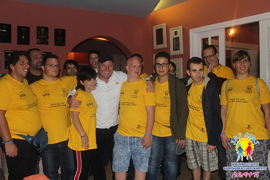 "Kato Korakiana, Hellas: Στο εστιατόριο ""ETRUSCO"" με των Sef Έκτορα Μποτρίνι που επιμελήθηκε με αγάπη ένα ξεχωριστό δείπνο για τα παιδιά μας."