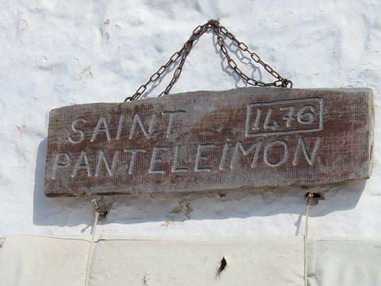 Nom de la chapelle en haut du château