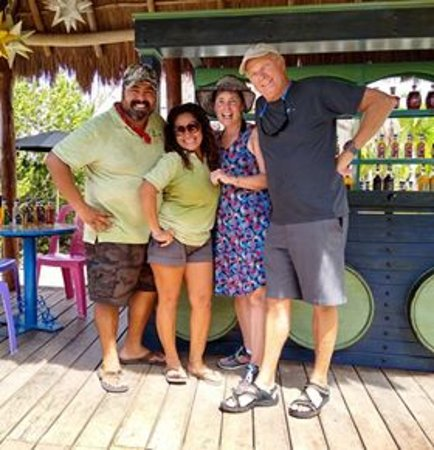 Cozumel Power Snorkel & Island ride: Those smiles are all completely genuine!