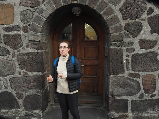 Reykjavik Food Walk: Alex stopping to share the story of the jailhouse (and Iceland's enviable crime rate).