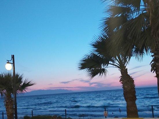 Kusadasi, Turkey: Ladies beach