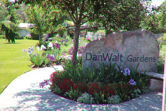 Billings, MT: DanWalt Gardens
