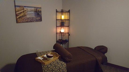 Massage 1 of 5 Rooms
