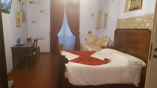 Particolari della camera da letto - Picture of Agriturismo ...
