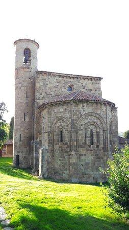San Martin de Elines Photo
