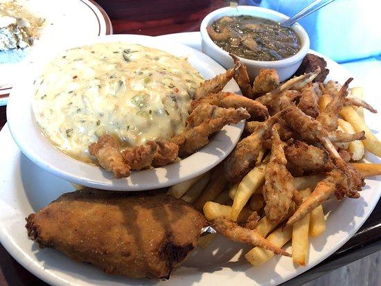 Springfield, LA: Charlie's