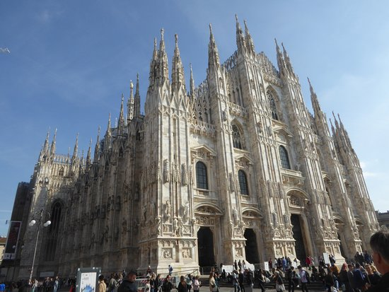 Skip-the-line Duomo Tour with Rooftop Access: Duomo Church made of marble
