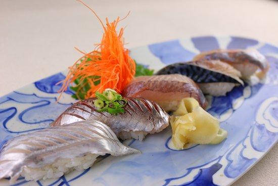 白身5種盛の寿司です。