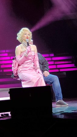 Legends in Concert Branson: Fun to watch, she played this part so well