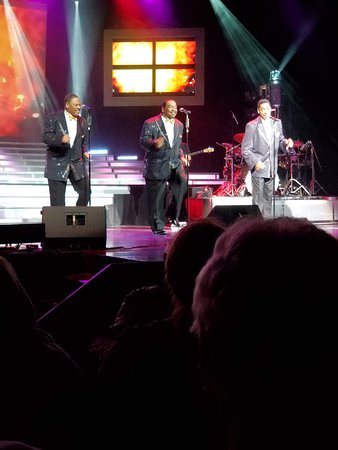 Legends in Concert Branson: These guys did such a good job.