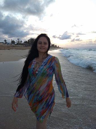 Havana, Kuba: A diez minutos de la Habana se encuentran las playas del Este siempre con una oleada muy tranquila.