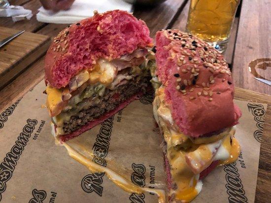 RocoMamas - make your own burger