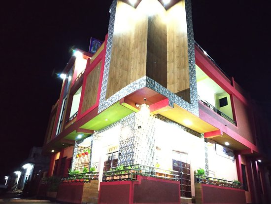 Datia District, India: HOTEL PITAMBARA INN RAILWAY STATION DATIA FOR RESERVATIONS 7774906149 7030422191