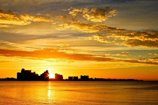 Sunset Cruise på Bahamas - Nassau havn...