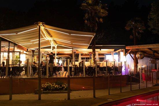 Salle restaurant extérieure