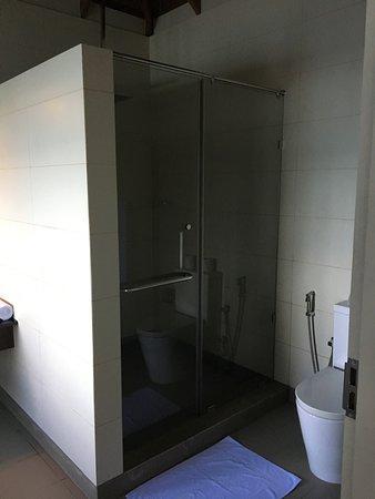 Water bungalow: salle de bain