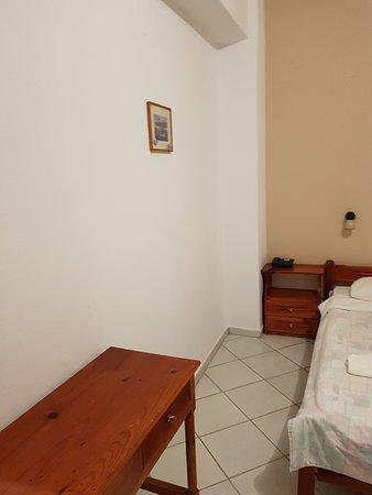Eco-Zimmer im Nebengebäude (altes Hotel) gegenüber des Hotel Matala Bay.