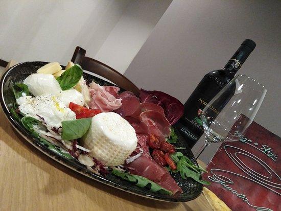 Casteltermini, Italia: Degustazione prodotto locali