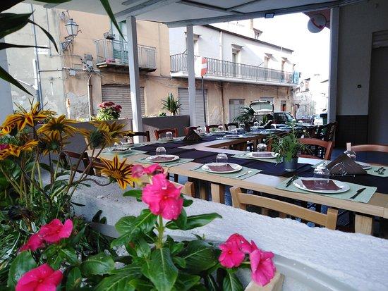Casteltermini, Italia: Sala esterna