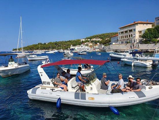 Speed boat Ragusa - Private Hvar Tour 3 - Pic 1