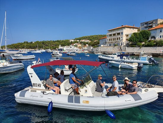 Speed boat Ragusa - Private Hvar Tour 3 - Pic 2