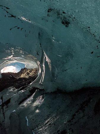 Crystal Ice Cave Tour from Jokulsarlon Glacier Lagoon – kép