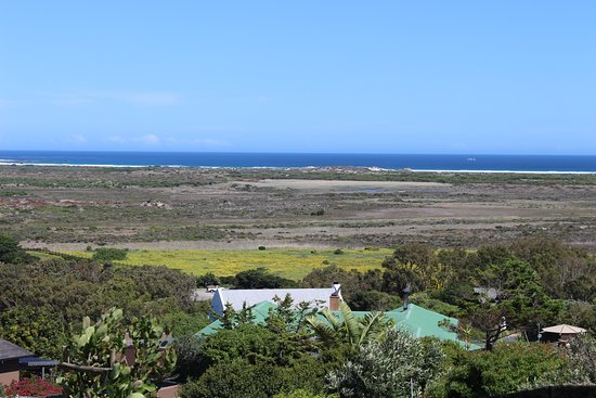 Noordhoek, Južná Afrika: View over Table Mountain National Park wetlands and the Atlantic Ocean