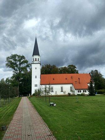 Евангельская лютеранская церковь в Сигулде, первая община основана в 1225 году