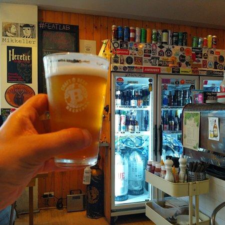 гуси в городе гуси в Бангкоке гуси пьют пиво гуси рекомендуют feat lab