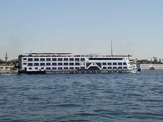 Egypt Nile Cruise: Luxor to Aswan: vista durante la navegacion