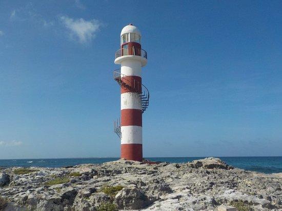 Punta Cancun Faro