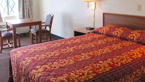 MStar HotelColumbusNorth Columbus OH GuestRoom Single