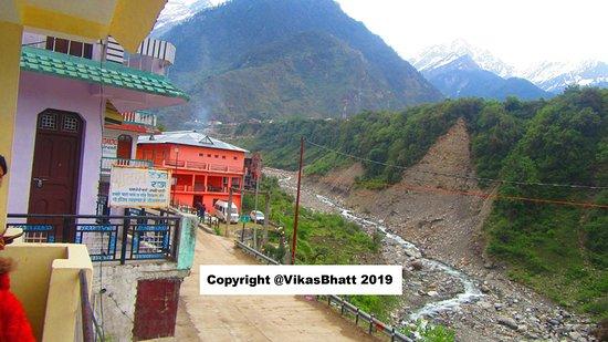 Yamunotri Yatra From Rishikesh: This is Janki Chatti the main village from where trek starts 100 meters beyond this point.