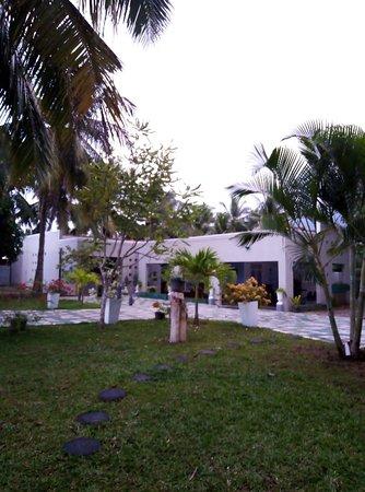 Lakeshore Holiday Resort
