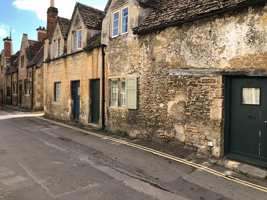 Laycock, UK: exterior of houses in lacock village