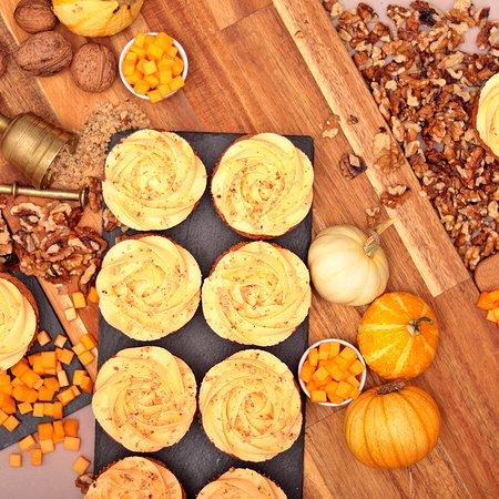 Pumpkin with Walnuts Cupcake – autumn's favourite cupcake!