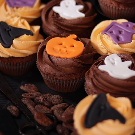 Scary treats for Halloween – anyone? Enjoy your favorite cocoa base with two frosting options - orange vanilla and classic cocoa.
