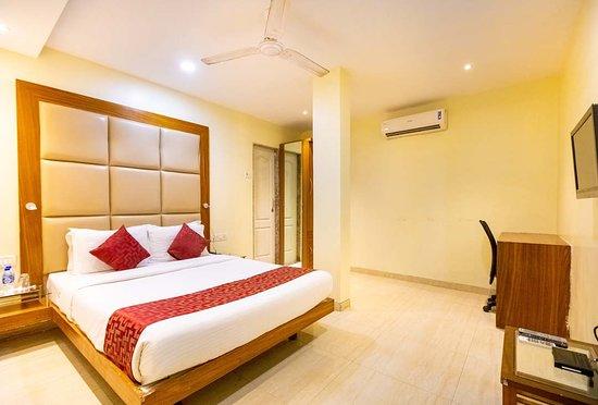 Hotel Apex International-Near Mumbai Airport